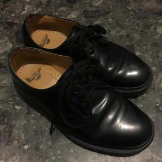 ドクターマーチン(Dr.Martens)のドクターマーチン 3ホール オールブラック(ローファー/革靴)