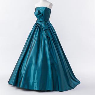 ウェディングドレス カラードレス