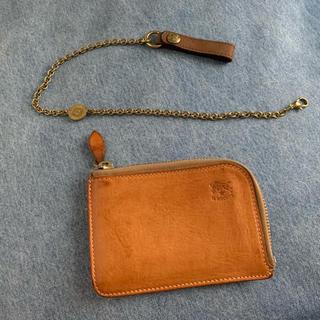 イルビゾンテ(IL BISONTE)のIL BISONTE ウォレット ヌメ &チェーン(財布)