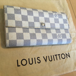 LOUIS VUITTON - ノベルティー ダミエ ホワイト 長財布