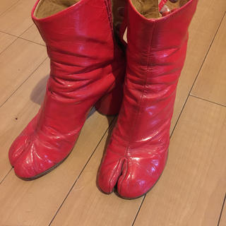 マルタンマルジェラ(Maison Martin Margiela)のマルジェラ エナメル足袋(ブーツ)