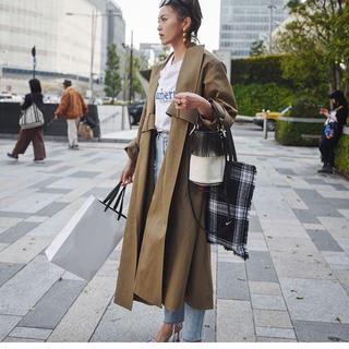 クリスチャンディオール(Christian Dior)の週末限定価格●クリスチャンディオール  コート●(ロングコート)