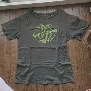 チャオパニックティピー(CIAOPANIC TYPY)のカーキ色半袖シャツ(Tシャツ/カットソー(半袖/袖なし))