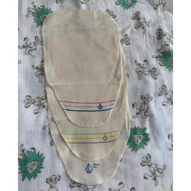 西松屋(ニシマツヤ)のオーガニックコットン汗取りパッド3枚セット新品 キッズ/ベビー/マタニティのベビー服(~85cm)(肌着/下着)の商品写真