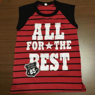 ニシマツヤ(西松屋)の西松屋 赤×黒ボーダー 袖なし Tシャツ 130 小さめ(Tシャツ/カットソー)