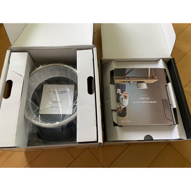 Vermicular(バーミキュラ)の新品未使用 バーミキュラ ライスポット  ミニ 3合炊き シルバー スマホ/家電/カメラの調理家電(炊飯器)の商品写真