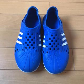 adidas - アディダス 22 22㎝ 靴 サンダル スリッポン キッズ ジュニア ユース