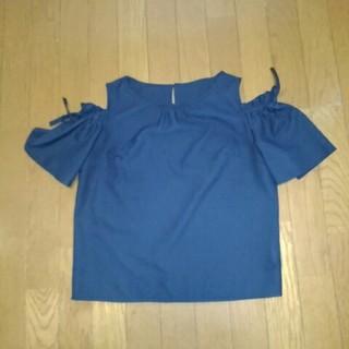 マジェスティックレゴン(MAJESTIC LEGON)の濃紺のシャツです❗(シャツ/ブラウス(半袖/袖なし))