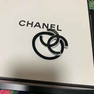 シャネル(CHANEL)のノベルティーグッズ♡ヘアゴム ♡黒ロゴ♡ヘアピンもつけます!(ノベルティグッズ)