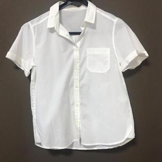 ジーユー(GU)の半袖シャツ ブラウス GU(シャツ/ブラウス(半袖/袖なし))