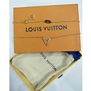 ルイヴィトン(LOUIS VUITTON)の大人気 LV  ネックレス  男女兼用 早い者勝ち(ネックレス)
