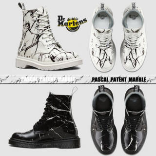 Dr.Martens - Dr.Martens PASCAL MARBLE 8ホールパテントブーツ