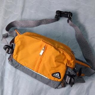 adidas - アディダス ウエストバッグ ウエストポーチ ショルダーバッグ 肩掛けバッグ