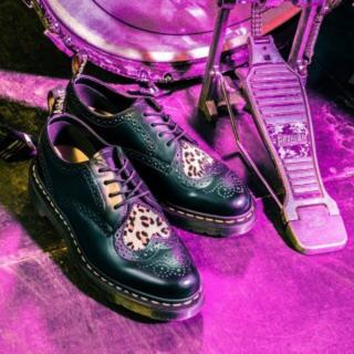 ドクターマーチン(Dr.Martens)のドクターマーチン バレンタイン限定 ジョイスハートUK5 24.5cm(ローファー/革靴)