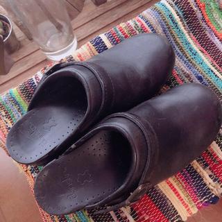 ダンスコ(dansko)のdansko ブラック(ローファー/革靴)