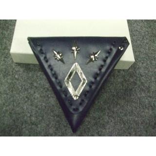 TOGA - TOGA VIRILIS新品Metal triangle coin case
