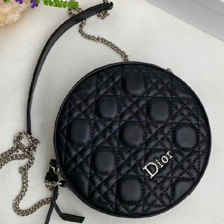 ディオール(Dior)のディオール    2019新デザイン  丸いショットカバン(ショルダーバッグ)