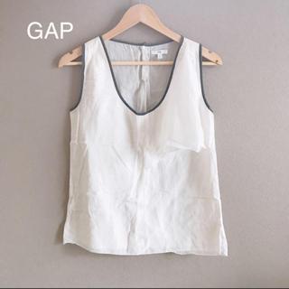 ギャップ(GAP)のGAP フリル付き 白ノースリーブ リネン風(シャツ/ブラウス(半袖/袖なし))