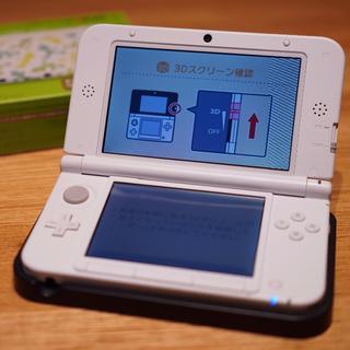 ニンテンドウ(任天堂)のニンテンドー3DS LL ルイージ30周年パック(付属ソフトなし)(携帯用ゲーム本体)