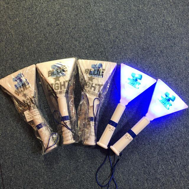 横浜DeNAベイスターズ(ヨコハマディーエヌエーベイスターズ)の横浜DeNAベイスターズ  ブルーライト2018 五本セット スポーツ/アウトドアの野球(応援グッズ)の商品写真