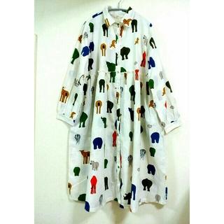 merlot - フィリル/FILLIL アニマルプリントギャザーシャツワンピース 白 Fサイズ