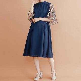 merlot - 花刺繍レース袖ワンピース ドレス メルロープリュス