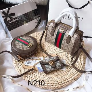 グッチ(Gucci)のハンドバッグ、ショルダーバッグ、,特別価格の3点セット (トートバッグ)