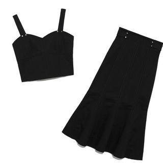 リリーブラウン(Lily Brown)の新品タグ付き lily brown デザインステッチビスチェ&スカート ブラック(セット/コーデ)