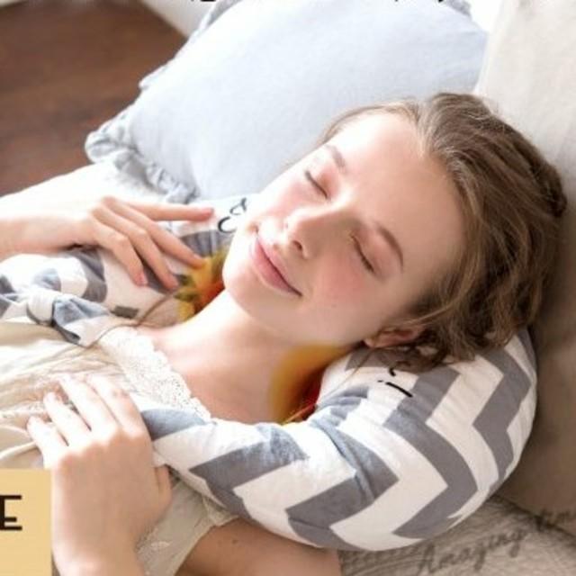 Francfranc(フランフラン)のルルドマッサージクッション スマホ/家電/カメラの美容/健康(マッサージ機)の商品写真