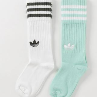 アディダス(adidas)の《新品》アディダスオリジナルス ソックス 靴下 22〜24センチ 二足組(ソックス)