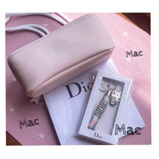 ディオール(Dior)の⭐️Dior ノベルティー ポーチ⭐️Dior チャーム⭐️新品未使用⭐️(ノベルティグッズ)