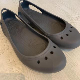 crocs - クロックスカディ W7 グレー
