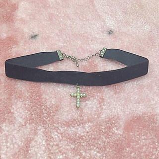 スピンズ(SPINNS)の十字架 チョーカー(ネックレス)