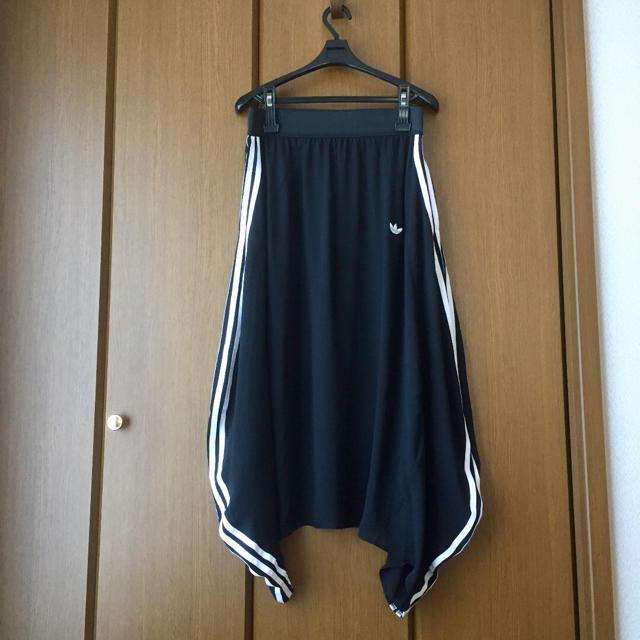 adidas(アディダス)のadidas originals  バルーン ロングスカート レディースのスカート(ロングスカート)の商品写真