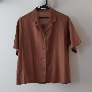 GU 今期 オープンカラーシャツ