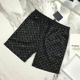 ルイヴィトン(LOUIS VUITTON)のLouis Vuitton ショートパンツ 経典模様(ショートパンツ)