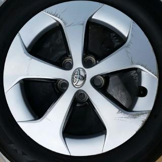 トヨタ(トヨタ)のプリウス純正タイヤホイル4本セット(タイヤ・ホイールセット)
