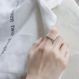 可愛い木の葉モチーフオープンリング アンティーク風 透かし S925刻印入 指輪(リング(指輪))