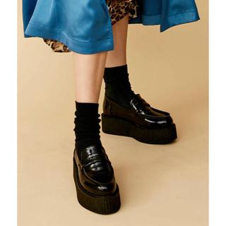 ジュエティ(jouetie)の【完売品】jouetie プラットフォームローファー ブラック M(ローファー/革靴)