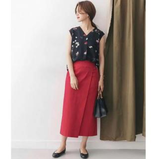 ドアーズ(DOORS / URBAN RESEARCH)の38サイズ ラップストレートスカート (ひざ丈スカート)