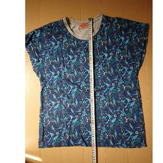 キューブシュガー(CUBE SUGAR)のことり柄Tシャツ CUBE SUGAR(Tシャツ(半袖/袖なし))