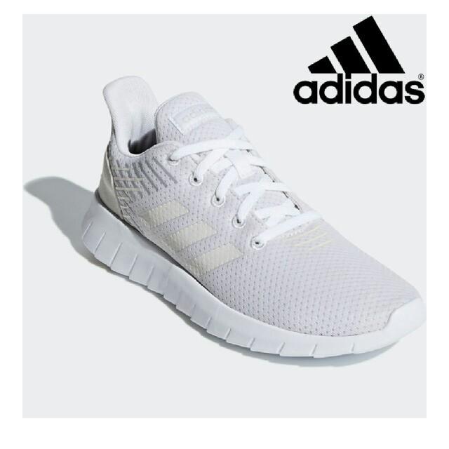 adidas(アディダス)の【新品、未使用】アディダススニーカー レディースの靴/シューズ(スニーカー)の商品写真