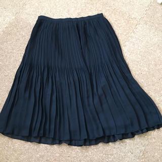 シマムラ(しまむら)の【未使用】プリーツスカート 黒(ひざ丈スカート)