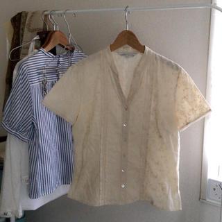 ローラアシュレイ(LAURA ASHLEY)のローラアシュレイ 刺繍 ブラウス(シャツ/ブラウス(半袖/袖なし))