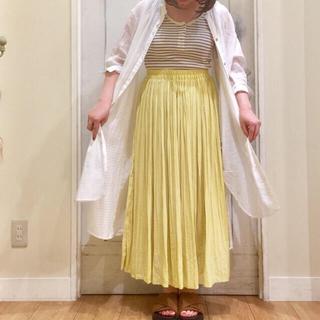 スタディオクリップ(STUDIO CLIP)の新品 ビンテージサテン消しプリーツスカート イエロー   黄色 M(ロングスカート)