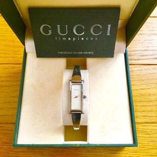 グッチ(Gucci)の【大特価!!】LADIES GUCCI バングル腕時計 1500L ホワイト🎀(腕時計)