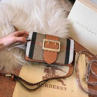 バーバリー(BURBERRY)のburberryショルダーバッグ(ショルダーバッグ)