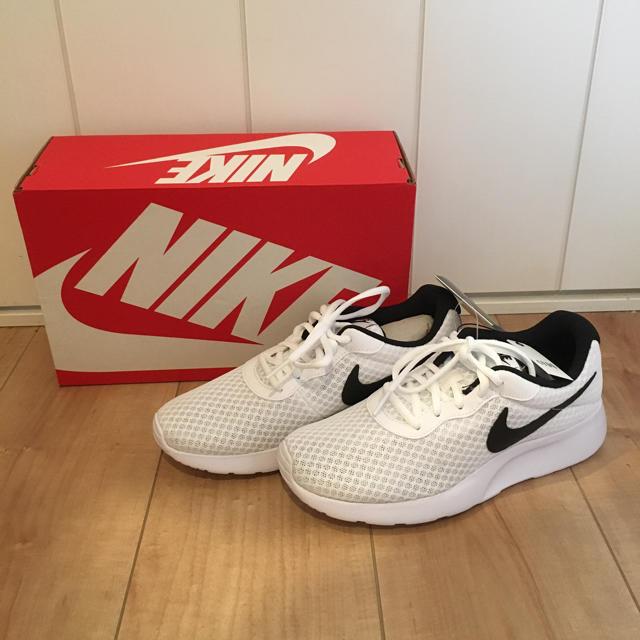 NIKE(ナイキ)の新品 スニーカー レディースの靴/シューズ(スニーカー)の商品写真