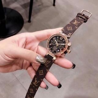 LOUIS VUITTON - ルイヴィトン    腕時計