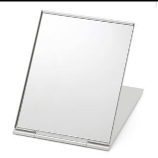 ムジルシリョウヒン(MUJI (無印良品))の無印良品✳︎アルミ 折りたたみ鏡 折りたたみミラー✳︎(ミラー)